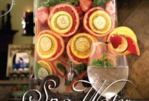 Pretty Holiday Drinks & Punch  / by Beverly Wallace