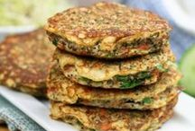 Savoury Snacks / Delicious savoury snacks that I've tried or recipes that I'd like to try in the near future. Features vegan, vegetarian and omnivorous recipes and dishes.