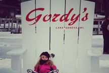 #GordysBigChair / Share your pictures in the Gordy's chair with us!