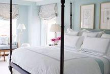 Bedrooms / by Bailey de Wynter