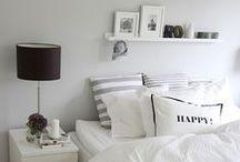 bedroom / by Isabel Margarita Gómez