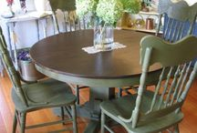 Repurposed furniture / Ideas for redoing old furniture.