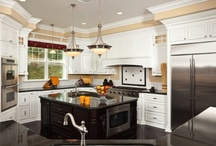 Paint Colors for Kitchens / Discover inspiration for your kitchen today. Sherwin-Williams has paints that were made for your kitchen. Check out inspiring paint options today.