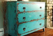•Dressers•