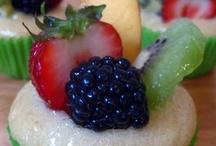 Vegan cupcakes / by Linzi Pumpelly