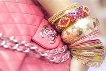 ★chains, rings and other sparkly things ★