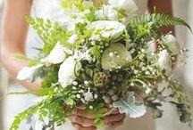 emerald petals' wedding flowers