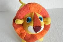 WOOLEZOO / Previously known as dentdelion toys, now is Woolezoo.  Handmade toys, safe for your kids and the planet