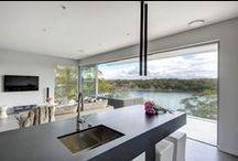 Kangaroo Point, NSW - renovation / Architect: Robert Harwood