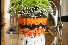 Halloween ideas / by Rochelle Crabb Pentico