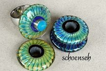 Lampwork Beads / True talent, true art in these pins. If onl I could..... I can't so I will pin! / by Shannon Beaupre