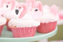 Adore Cupcake Decorations Ideas / great for kids parties and big kids like us ;) / by Astrid (Adore Re Mi)