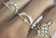 Jewelry / jewels and gems and sparkly things / by Mady Grow