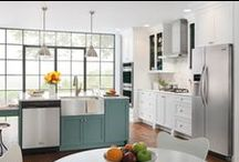 Easy to Use Kitchens / It doesn't get much easier when you have a Frigidaire kitchen. Quick cooking and cleaning features help you get to mealtime faster! / by Frigidaire®