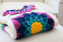 Crocheted Motifs & Afghan Squares / Granny squares, afghan squares, and motifs. Tons of crochet inspiration.