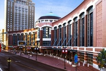 Meet in St. Louis / Plan your next meeting in St. Louis where the accommodations are convenient, the staff is helpful and the possibilities are endless! / by Explore St. Louis