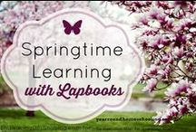Homeschool: Notebooking & Lapbooks / FREE homeschooling resources and printables for homeschool notebooking & lap booking projects.