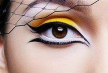 Make-Up / Inspira-te din galeria de poze cu machiaje in tendinte si alege-le pe cele care se potrivesc stilului tau. Aici vei gasi modele de machiaj de zi si machiaj de seara, idei de machiaj pentru ochi albastri, machiaj pentru ochi caprui sau machiaj pentru ochi verzi. Bucura-te de un machiaj natural sau un machiaj de ocazie: http://www.divahair.ro/galerie-poze/machiaj
