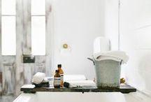 BATHE / Wash + Cleanse