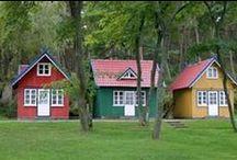 TINY HOUSES / by alana