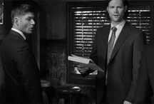 Supernatural: B&W GIFS/GIFSETS / Love them in black and white!