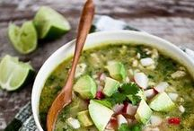 Fall Soups & Stews / Cozy up with warm soups and stews!