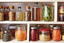 PANTRY / How to stock your pantry and pantry staples.