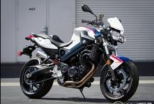Motorrrrrbikes