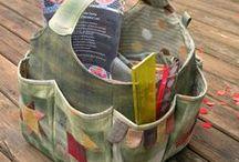 Cestas y bolsas / Para la costura con todos los accesorios, para elementos necesarios en manualidades, etc....