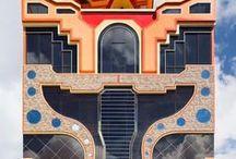 Freddy Mamani Silvestre / The incredible architecture and design of Freddy Mamani Silvestre.