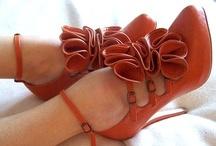 Accessorize!! / by Darragh Handshoe