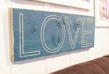DIY Easy Wall Art / DIY Art  projects that any one can make. How to make wall art for you home even if your not crafty.  / by My Life On The Divide
