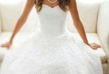 Wedding Board... / by Mallorie Zabst