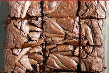 Chocolate Extreme Recipes / the chocolate-iest of chocolate recipes! / by Something Swanky