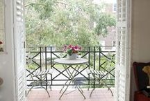 Holiday Flats with Views / Comfortable holiday apartments in Central London with enticing balconies.