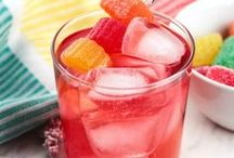 COCKTAILS & DRINKS / It's 5 O'clock somewhere! Here's a collection of cocktails and drink recipes (alcoholic and non-alcoholic) from around the web.