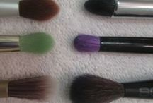 Makeup Brushes / Photos of Brushes I love. All photos are mine unless otherwise stated.