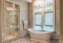 Bathroom - Design / A luxurious bathroom is all you need!