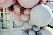Style Notes: Balloons / Balloons - they have come a long way since the old days of a few humble balloons blown up and hung on the fencepost. Now balloons have become a remarkable and amazing feature point for many a fabulous birthday celebration.
