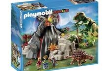 Playmobil 2013 / Jouet incontournable depuis plus de 30 ans, PLAYMOBIL a réussi à s'imposer sur le marché grâce aux nombreux thèmes mis en avant ainsi qu'au réalisme offert par les figurines et les décors. A travers ce tableau (board), découvrez l'ensemble des coffrets de la collection Playmobil 2013.