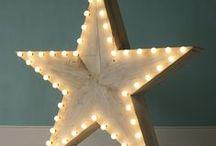 Ideas for A / dans quelques temps nous seront un de plus, voici quelques idées pour sa chambre et pour son environnement. Couleurs : rouge, blanc, bleu, turquoise. Thème : étoiles. liste officielle : http://www.mesenvies.fr/liste-naissance?r=27&aid=18500&lid=90427 / by Maeva M