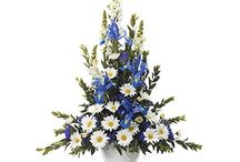 Blue Funeral Inspiration / Here are a few blue-colored funeral stationery themes and floral arrangements to give you inspiration.