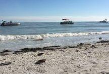 Beach & Outdoor Nautical Coastal / Beaches, Ponds, Pools and nautical outdoor decorations #NauticalSeasons