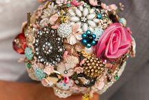 {Wedding Bouquets} / Wedding / by Annie Sandry