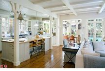 Kitchen decor / by Jill Ligon