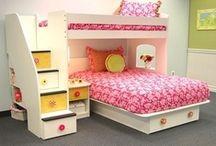 Girls' Bedroom Ideas / by Rebecca Blum