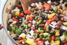 Vegetarian Recipes / Here you'll find recipes for vegans & vegetarian lifestyles!