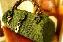 'PURSE'nable Handbags / by Billie Fredell