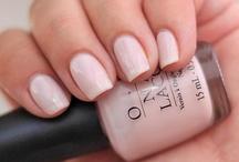 nails, nails, nails... / by Celia Shalene 💋