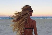 Hair / by Chloé Hardy